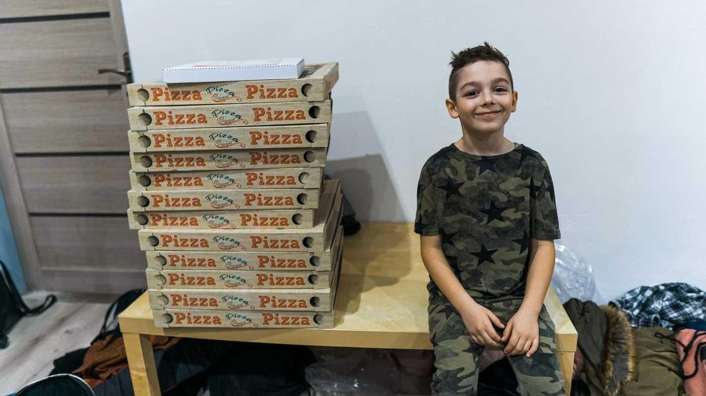 Dieťa a pizza